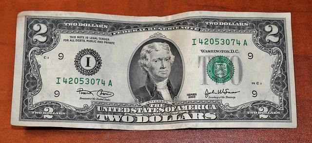 papierová bankovka.jpg